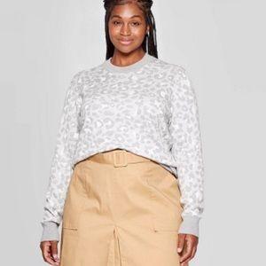 Ava & Viv Gray Leopard Print Sweater Pullover